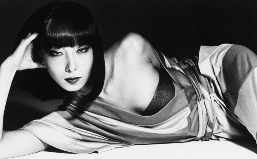 日本の美を体現「山口小夜子 未来を着る人」展