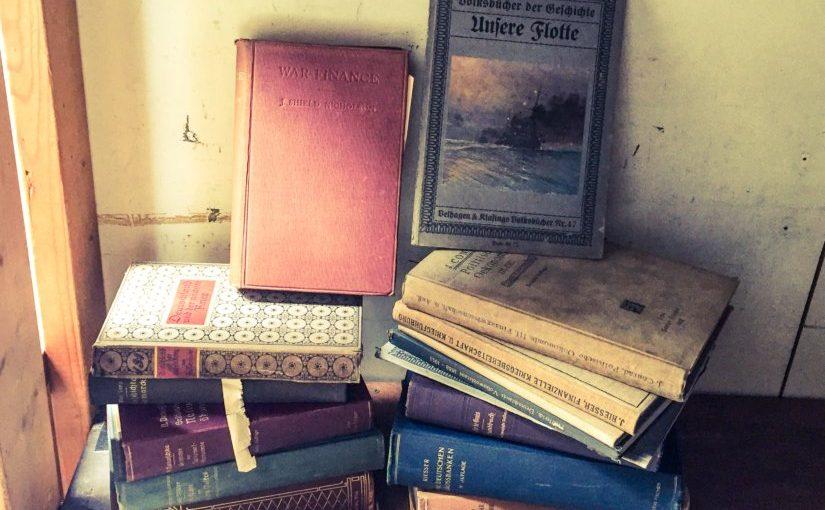 """""""インテリアとしての""""洋古書について考える。"""